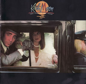 1975 Two Sides Of The Moon – Deluxe Edition